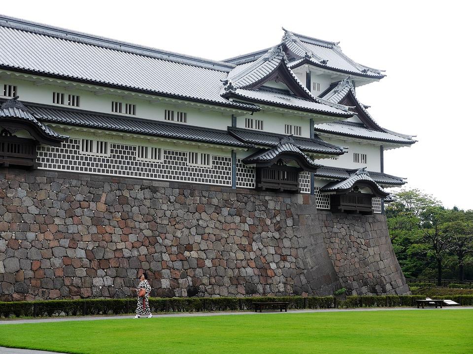 kanazawa-castle-1896644_960_720