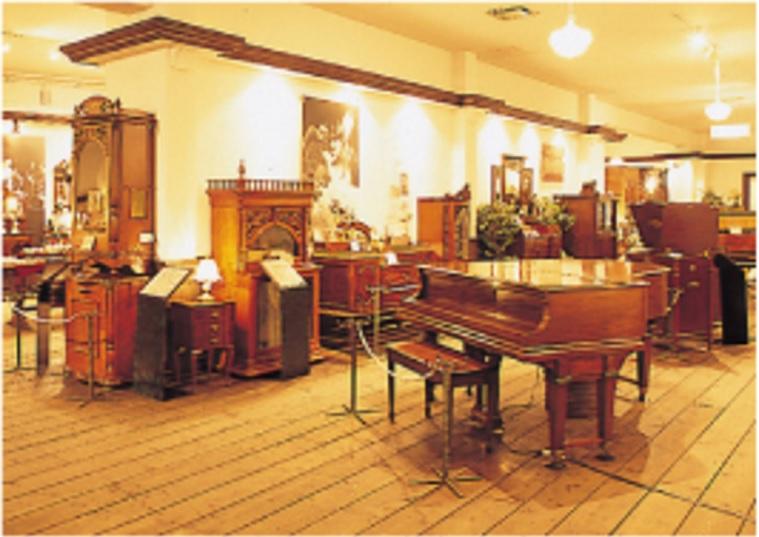 พิพิธภัณฑ์กล่องดนตรีญีุ่่ปุ่น