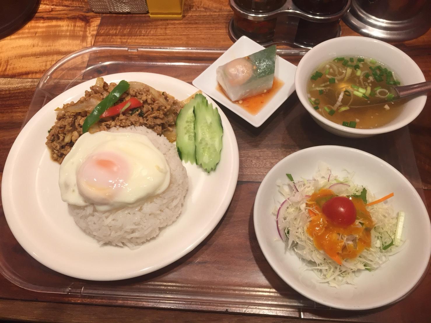 ร้านอาหารไทยข้าวสาร
