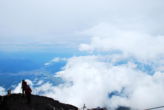 climbing-Mt.Fuji8_
